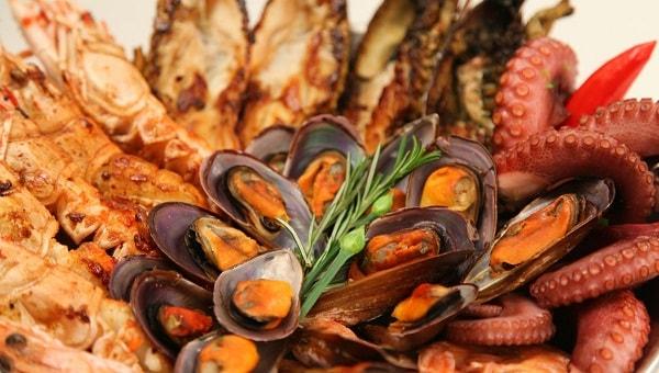 Frutos do mar tem alguns benefícios de saúde muito importantes